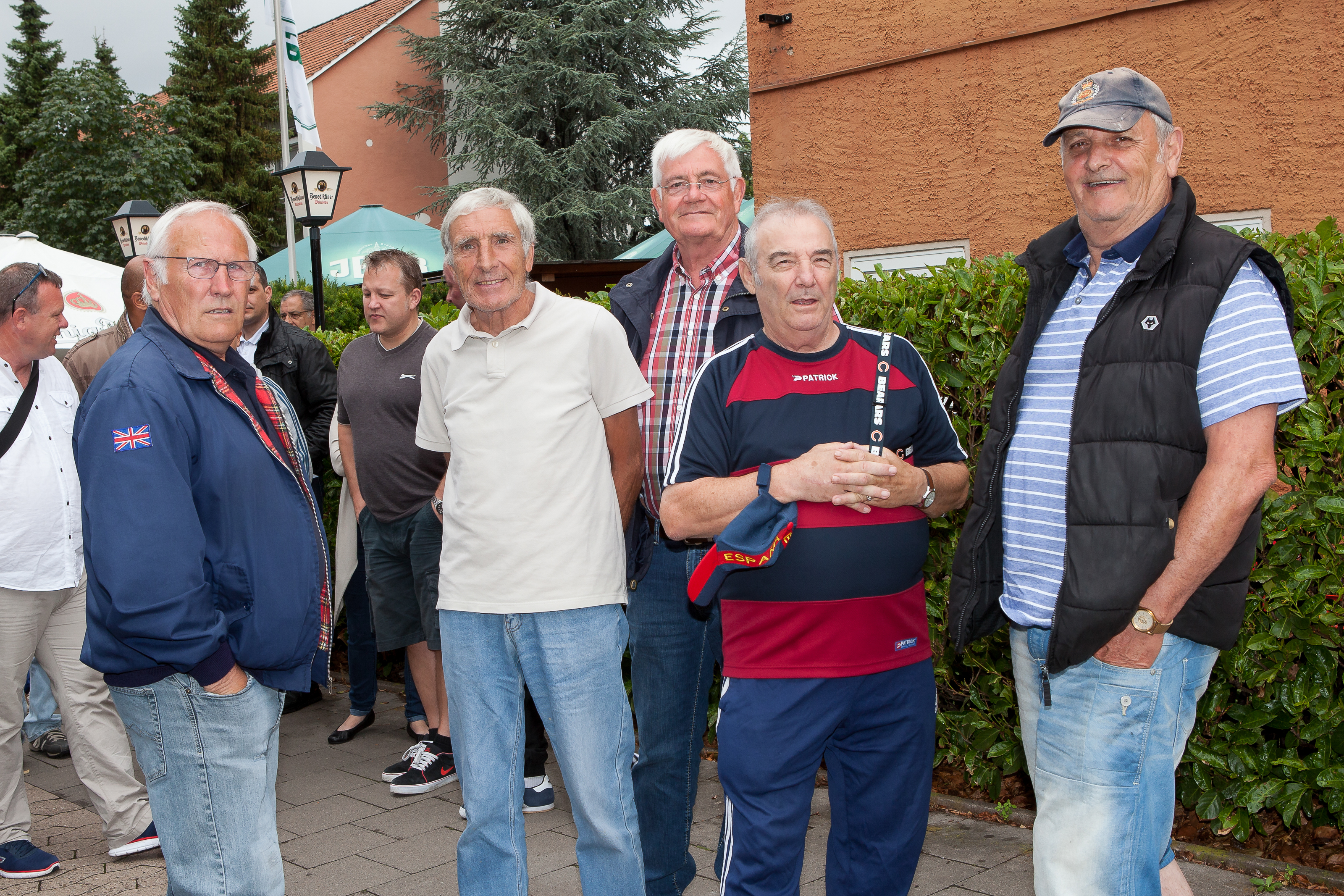 2015_1st_Reunion_after_closing_the_Gates_small_-4037