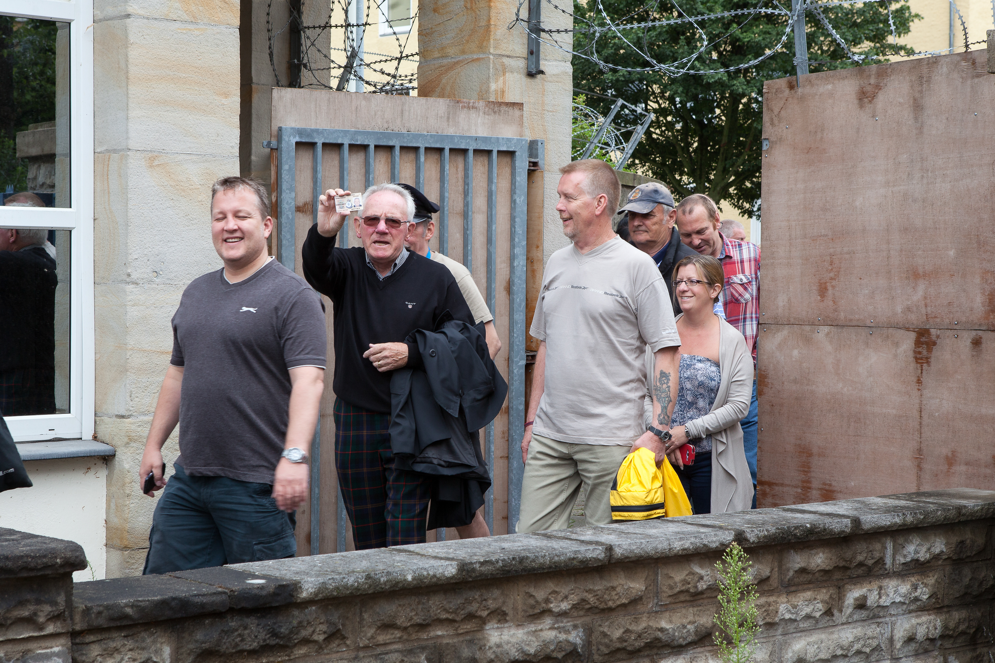 2015_1st_Reunion_after_closing_the_Gates_small_-4065