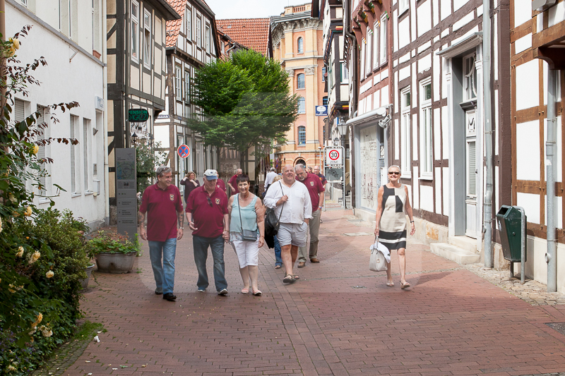 Walking through the streets of hamelin